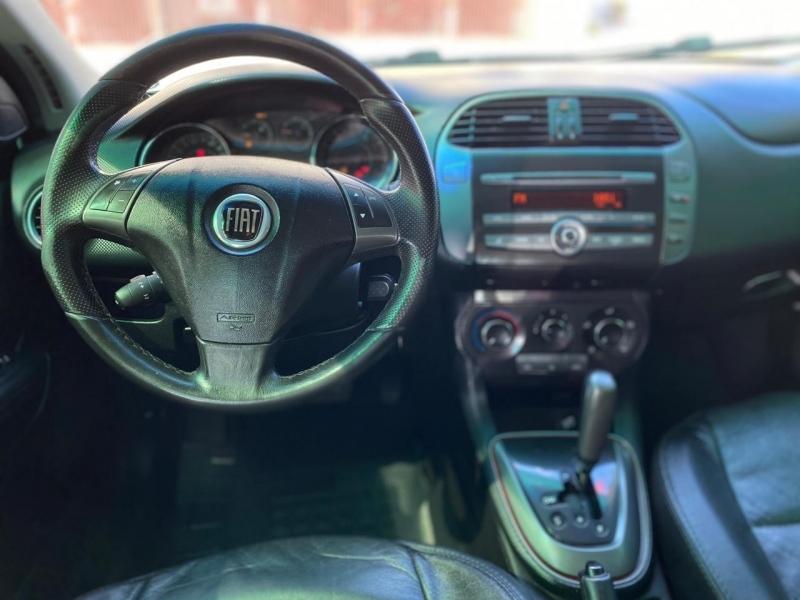 FIAT BRAVO 1.8 ESSENCE 16V FLEX 4P AUTOMATIZADO