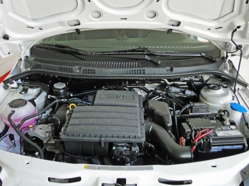 VOLKSWAGEN VOYAGE 1.6 16V MSI TOTALFLEX 4P AUTOMÁTICO