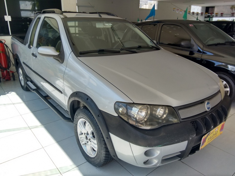 FIAT STRADA 1.8 MPI ADVENTURE CE 8V FLEX 2P MANUAL