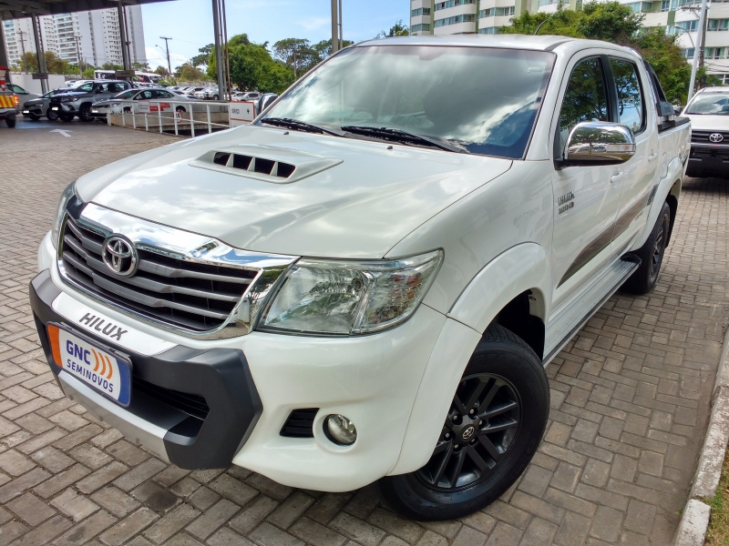 TOYOTA HILUX 3.0 SRV LIMITED EDITION 4X4 CD 16V TURBO INTERCOOLER DIESEL 4P AUTOMATICO