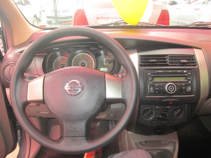 NISSAN LIVINA 1.6 S 16V FLEX 4P MANUAL