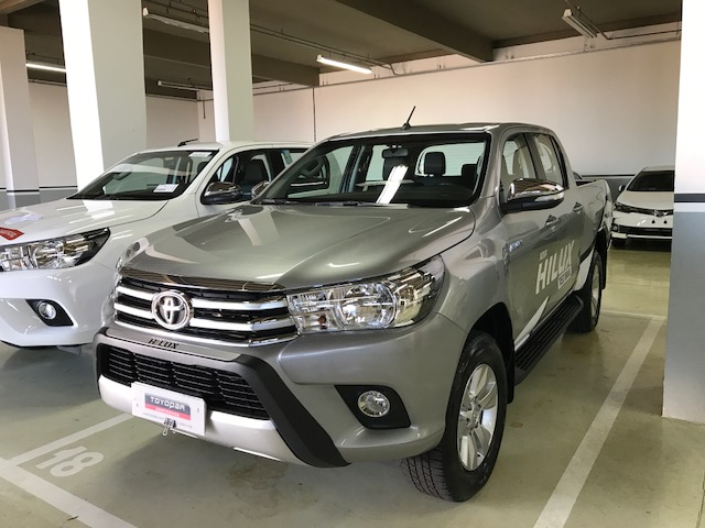HILUX 2.8 SRV 4X4 CD 16V DIESEL 4P AUTOMATICO