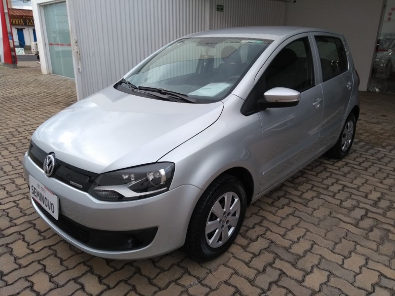 VOLKSWAGEN FOX 1.6 MI BLUEMOTION 8V FLEX 4P MANUAL