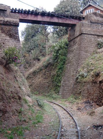 Rail bridge at Batasia Loop