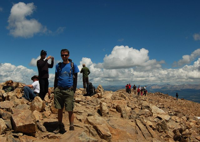 Willy and the crowd on the summit of Mount Elbert