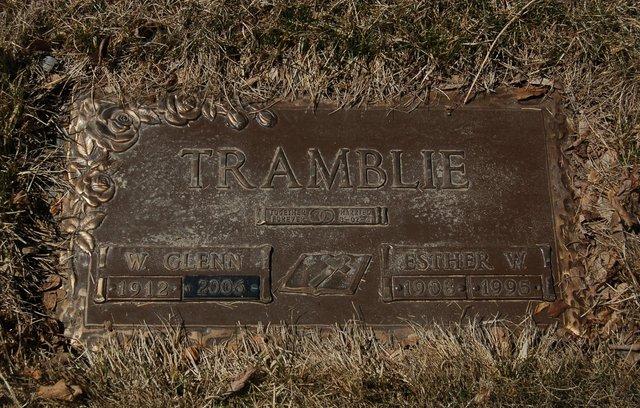 Tramblie grave marker