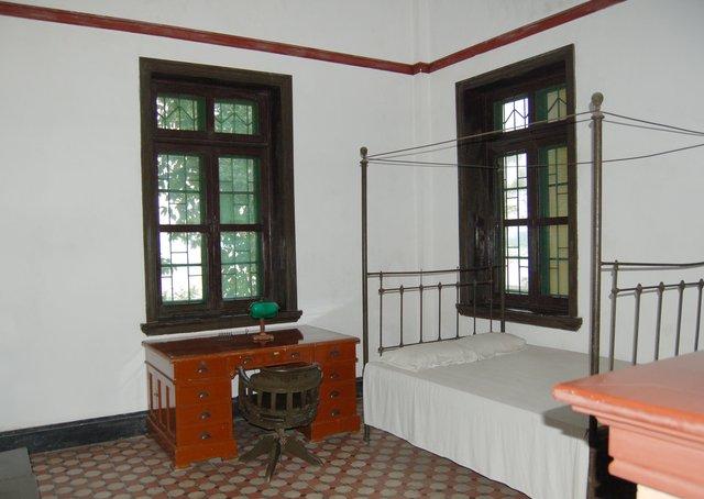 Reconstruction of Sun Yat-sen's room at Whampoa