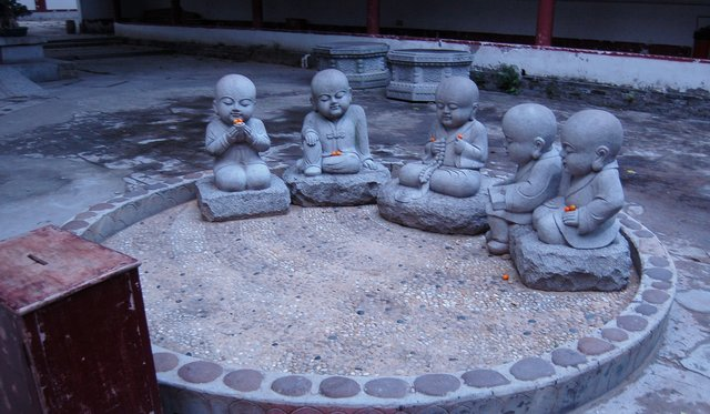 Icons at Guangxiao Temple