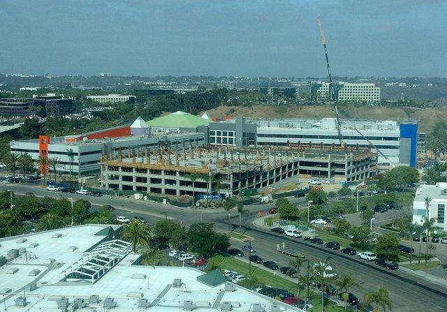 Building Q construction