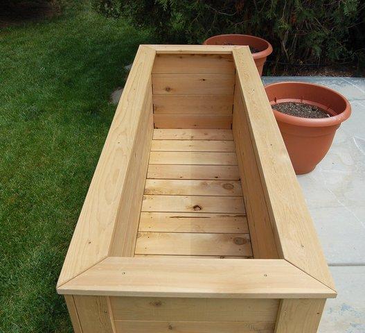 Empty garden box