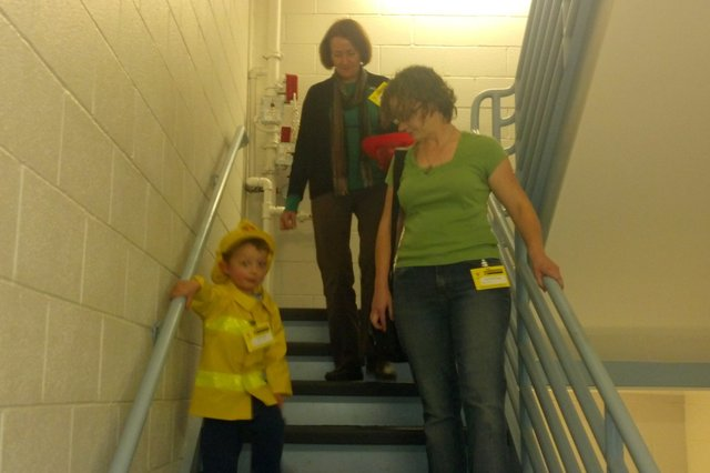 Calvin, Kiesa, and Nana go trick-or-treating