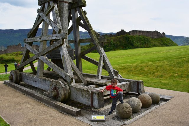 Calvin with a trebuchet at Urquhart Castle