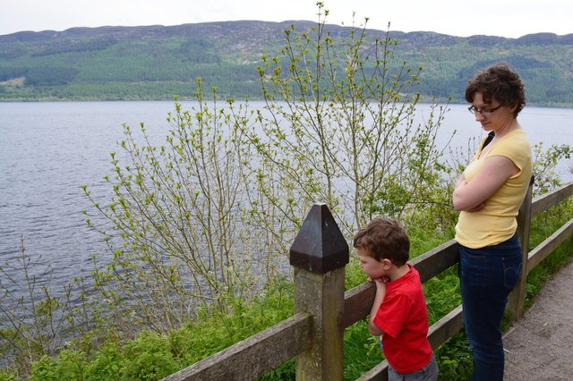 Calvin and Kiesa look out over Loch Ness