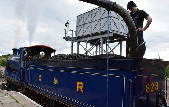 Strathspey Steam Railway #828 takes on water