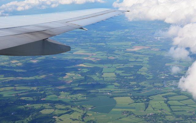 English countryside under G-YMMB's wing