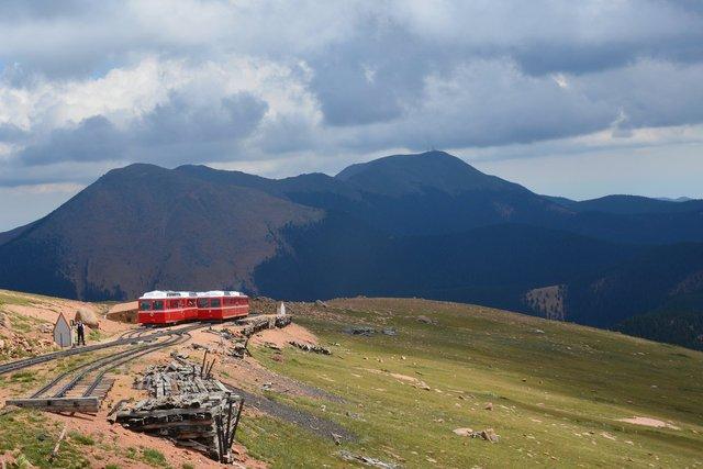 Passing loop on the Pikes Peak Cog Railway