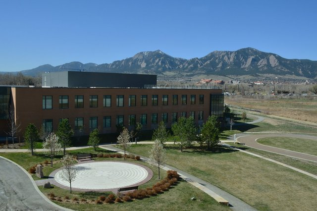 Courtyard, labryinth, and Flatirons from BCH Foothills