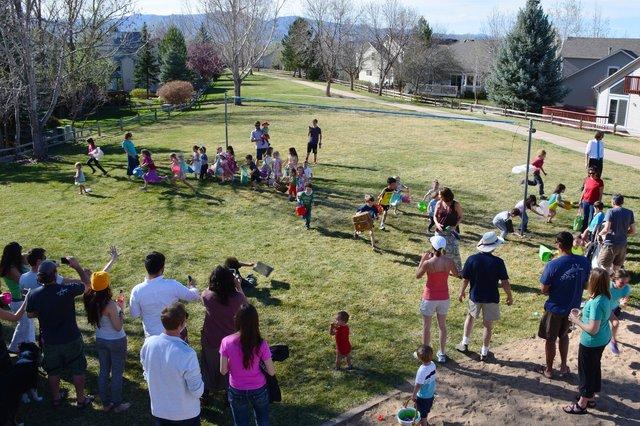 Children run to hunt Easter eggs