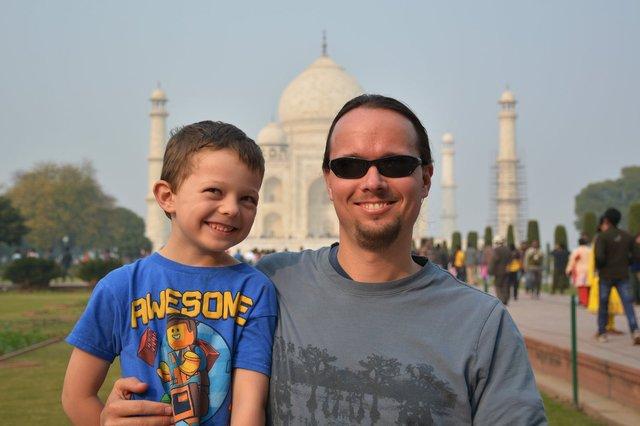 Calvin and Jaeger at the Taj Mahal