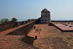 Main tower and perimeter wall at Fort Aguada