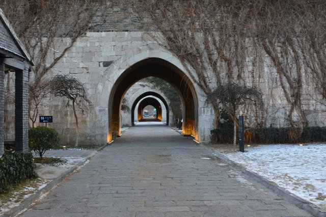 Central corridor in the Gate of China