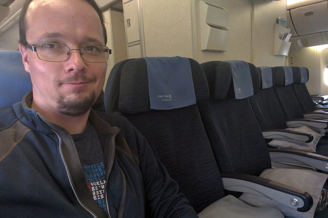 Jaeger in an empty row on a 777