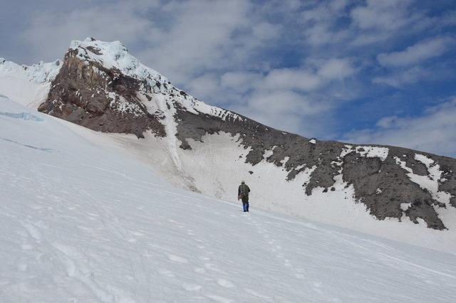 Willy climbs towards Steel Cliffs on Mount Hood