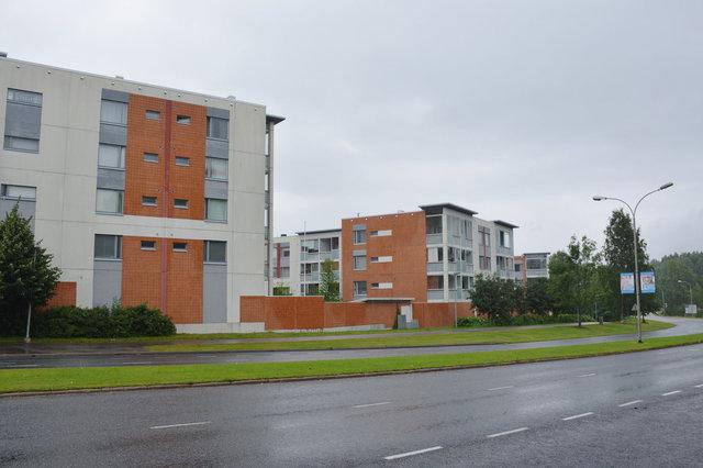 Apartment building in Louhela