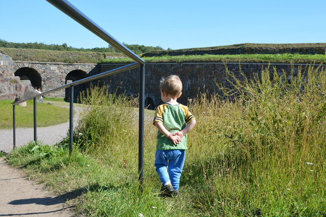 Julian inspects the fortifications at the Fortress of Suomenlinna