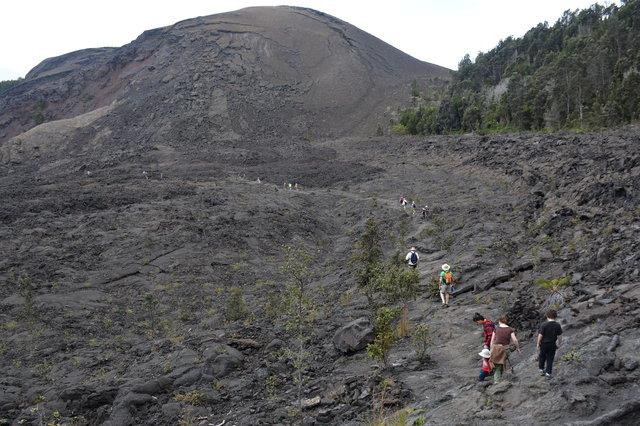 Sasa, Julian, Kiesa and Calvin hike through Kilauea Iki Crater
