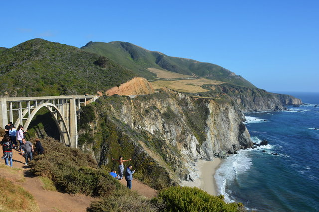 Bixby Creek Bridge above the Pacific Ocean