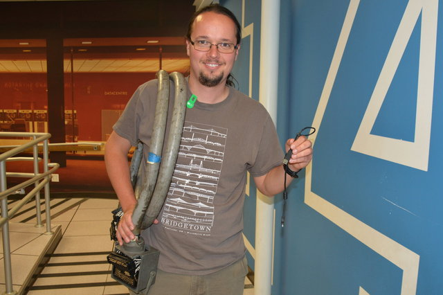 Jaeger with an IBM 1401 parallel cable at the Computer History Museum