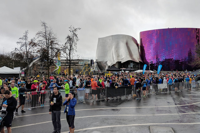 Runners congregate in front of MoPop