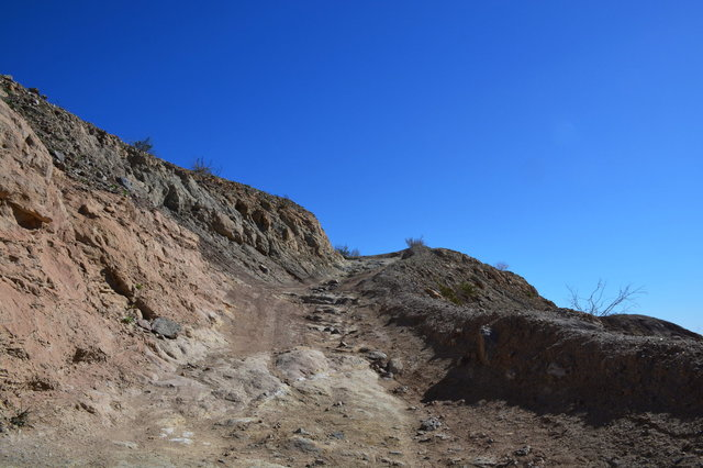 Dirt road leading to the calcite mine