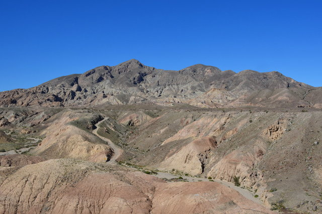 Road leading to the calcite mine below the Santa Rosa Mountains