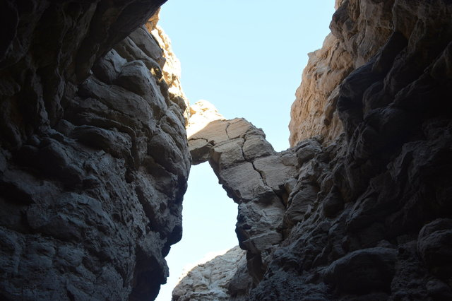 Rocks hanging over The Slot