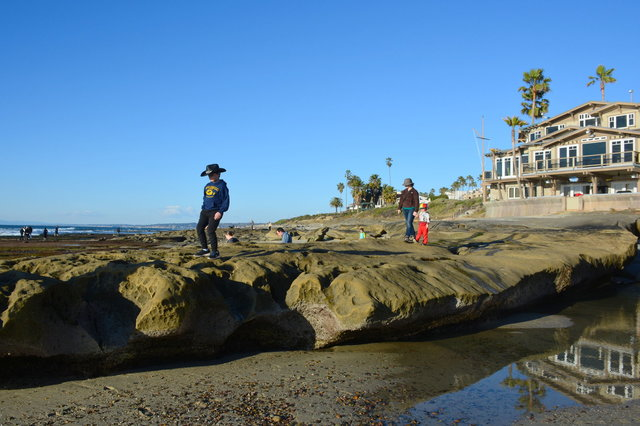 Calvin, Kiesa, and Julian at the La Jolla Tide Pools