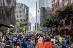 A corral starting line of the Bay to Breakers