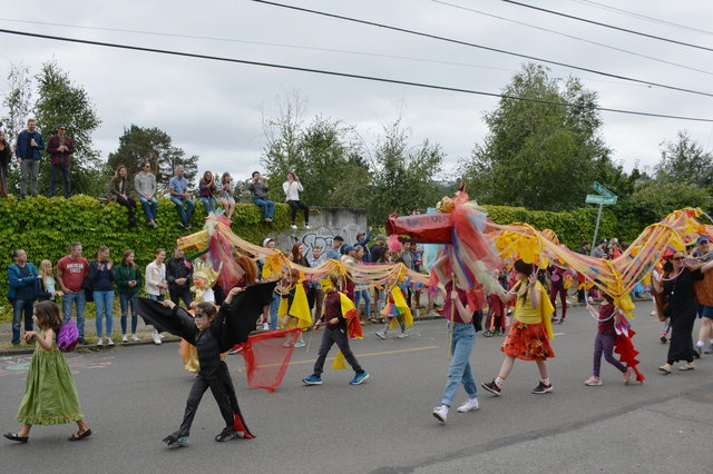 Lion dance in the Fremont Solstice Parade