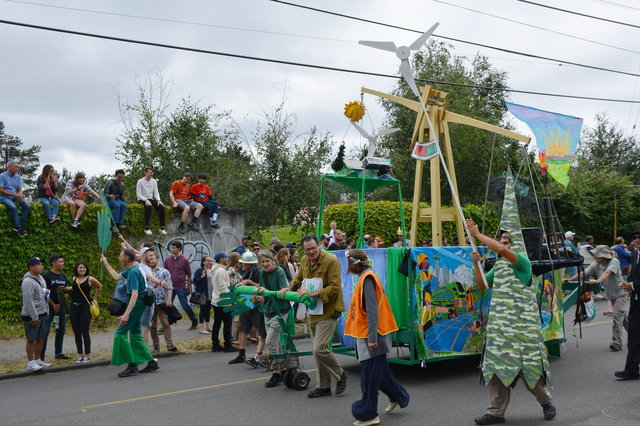 Pro-environment float in the Fremont Solstice Parade