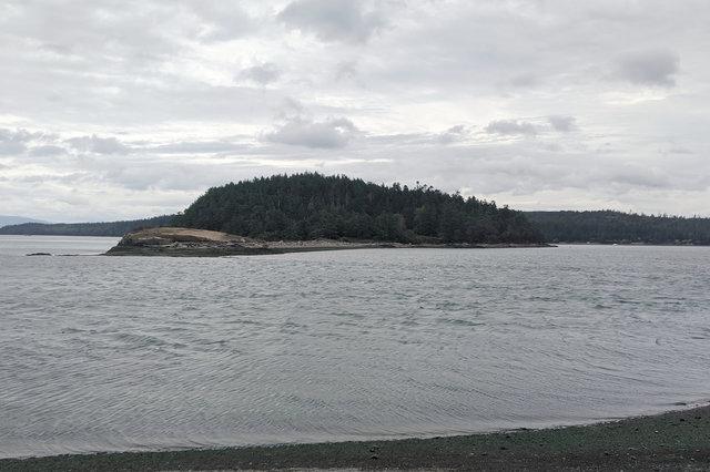 Channel between Skagit Island and Kiket Island