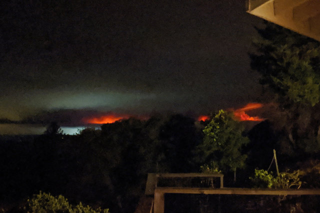 CZU Lightning Complex Fire visible from Loma Prieta