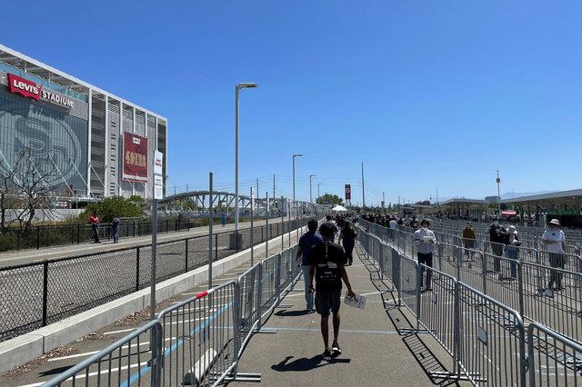Approaching Levi's Stadium through the pedestrian maze