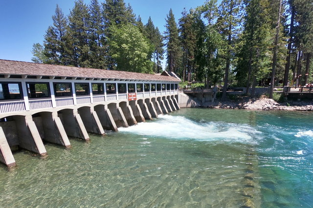 Lake Tahoe Dam releasing water into the Truckee River