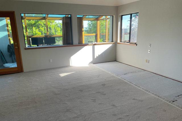 Carpet install in master bedroom