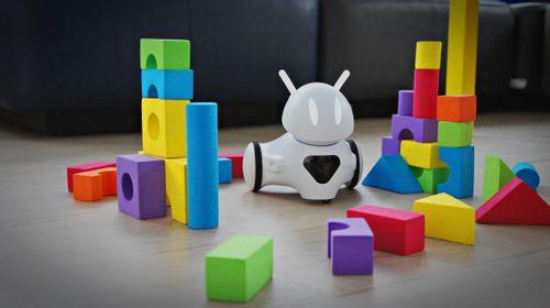 Wyzwanie: nieufny robot