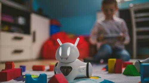 Robot uczy się emocji