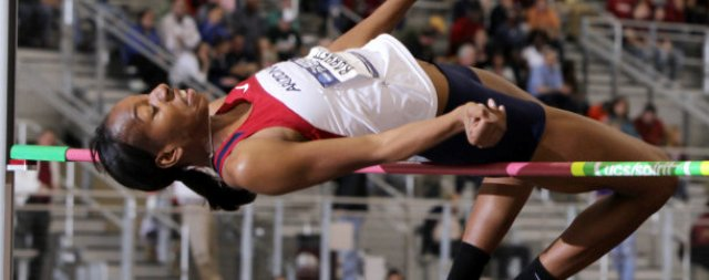 UA track teams start outdoor season with Top 10 rankings