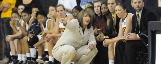 Laurie Kelly departs NAU women's basketball program