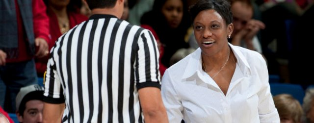 Butts needs big season at UA to revive women's hoops